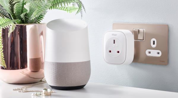 Smart Plug by Wiser