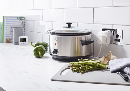 You Can Use A Wiser Smart Plug With A Slow Cooker