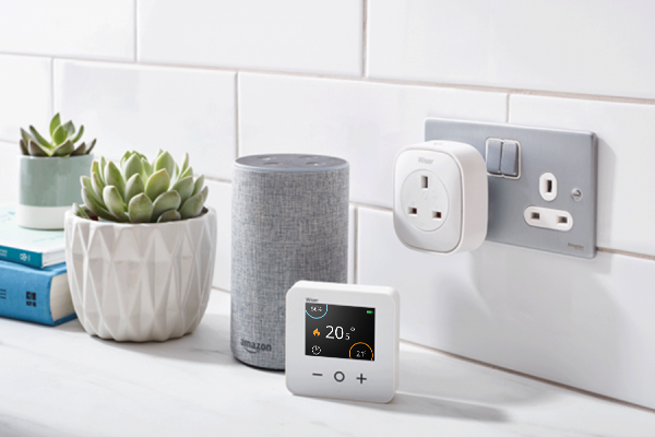 smart_thermostat_saves_energy_plugs